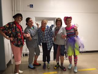 elementary-teacher-clowns