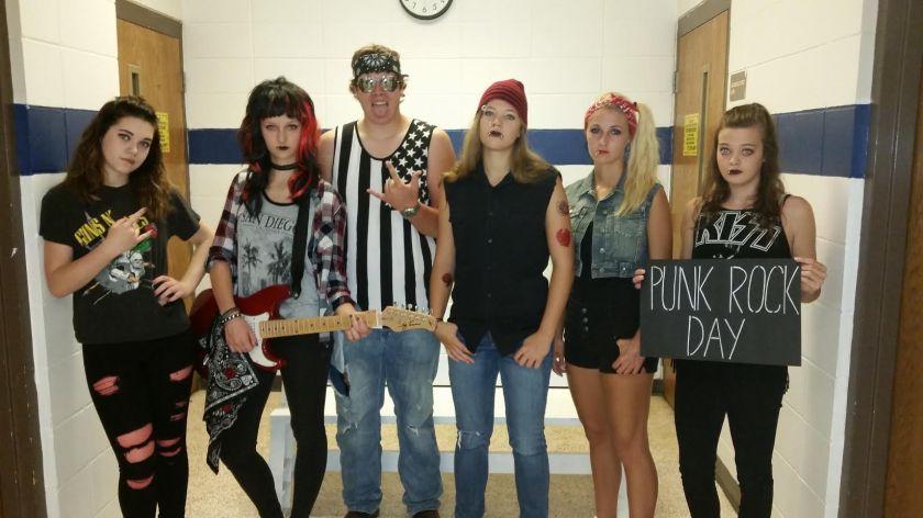 senior-punks